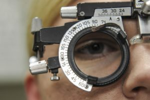 Cylinder Axis Measurement for Eyeglasses