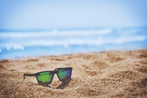 tips-to-protect-your-eyes-this-summer